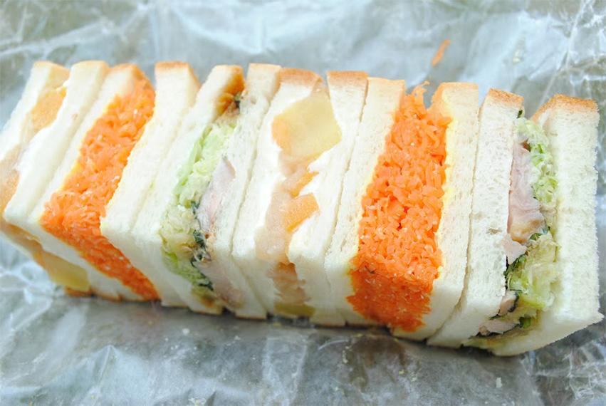 三色サンド弁当